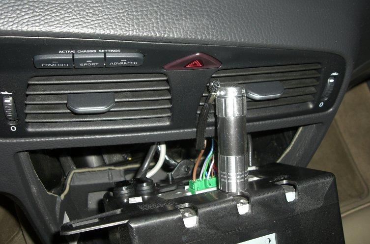 2007 S60R HU-850 Radio Removal (illustrated)